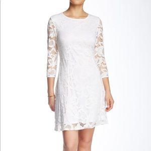 Marina   NWT White Floral Lace Shift Dress